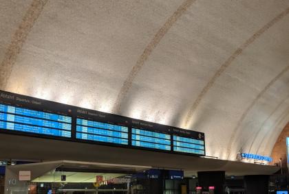 Reiseinformation am Bahnhof